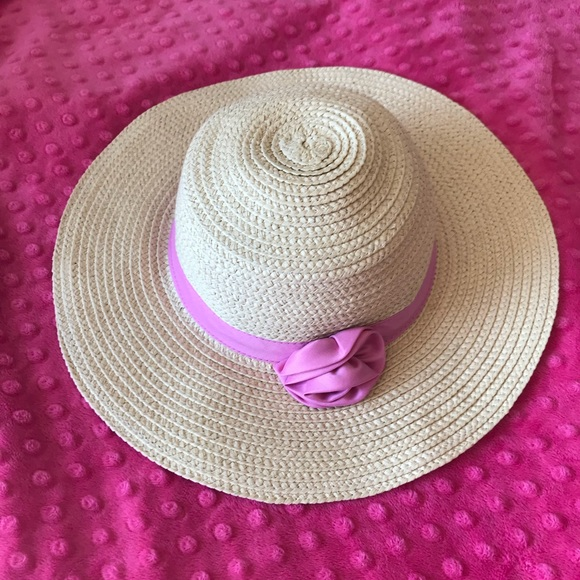 86b5d4296d37f Target Sun Hat with Pink Ribbon Flower. M 5ac5308285e605177ce8901a